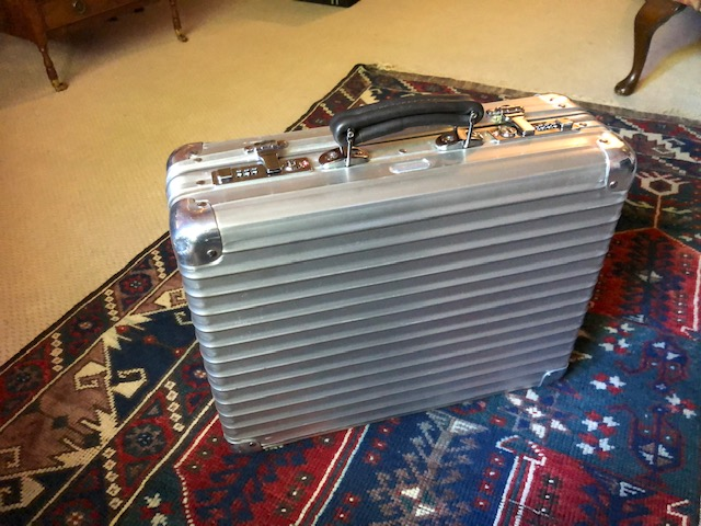 My RIMOWA briefcase